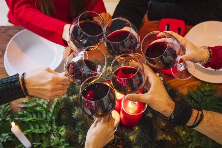 Kerststemming glazen wijn